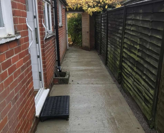Wheelchair accessible garden path built in Wallingford, Oxfordshire